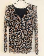חולצת רשת צבעונית עם מפתח - גזרה צמודה