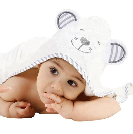 מגבת לתינוק/ילד עם קפוצ'ון  דגם דוב