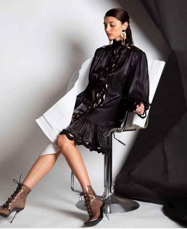 שמלת ערב סאטן גיפיור עם תחתית