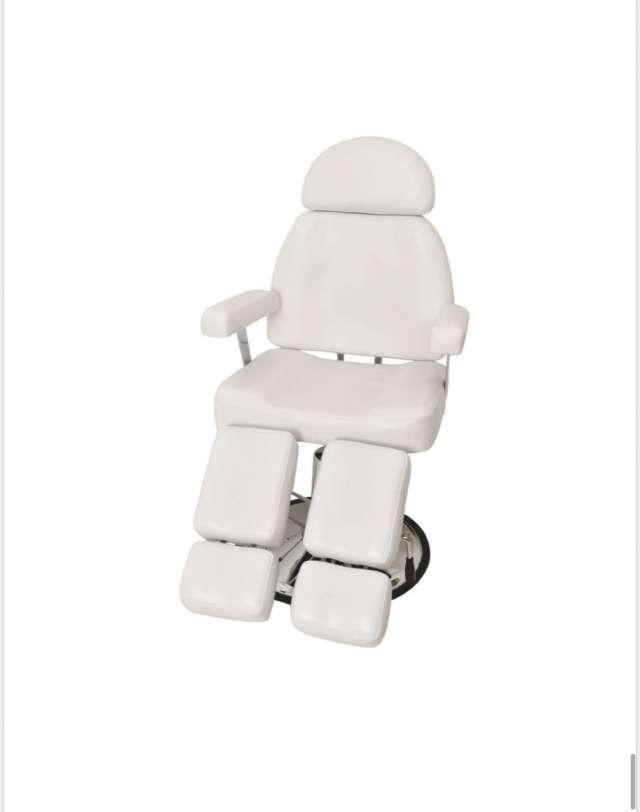 כסא הידרואלי עם ידיות /רגלים מתפצלות