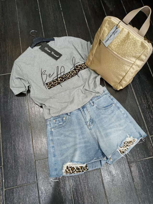 חולצת T
