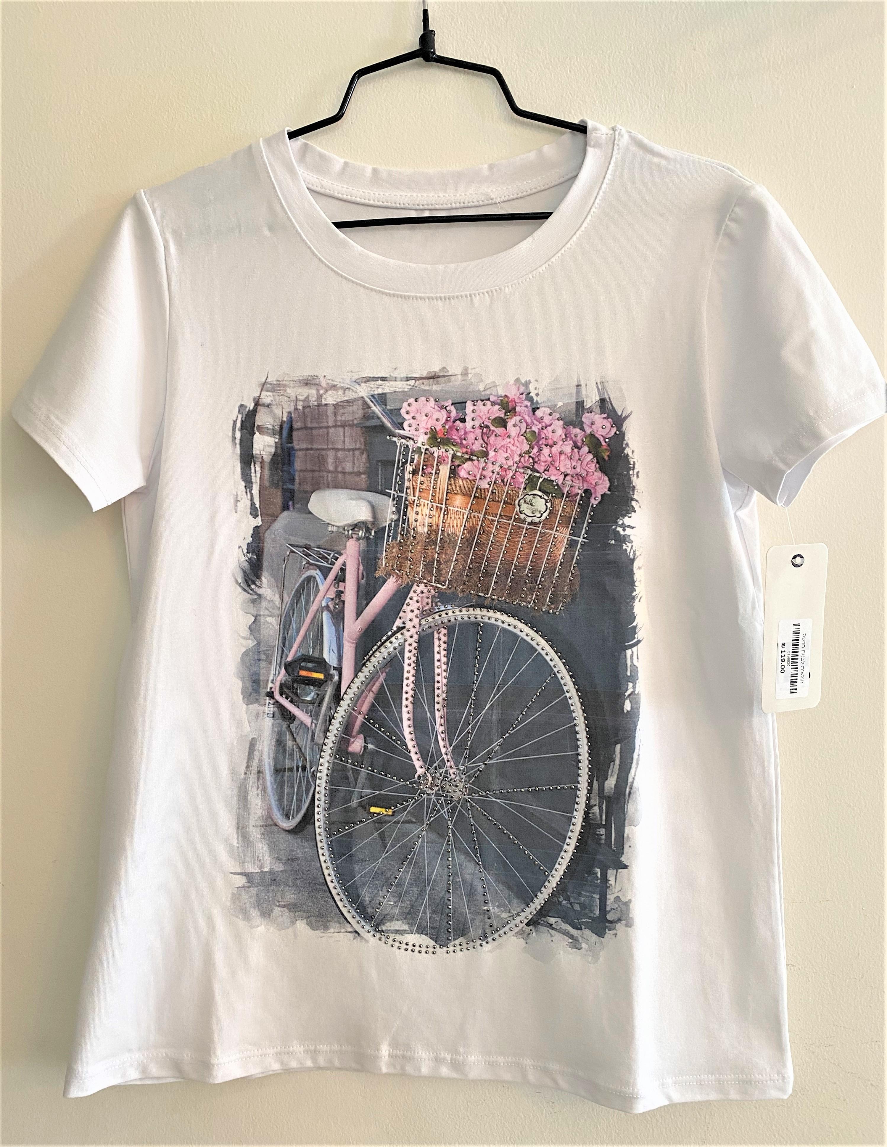 חולצת טישרט עם ציור מעוטר נצנץ